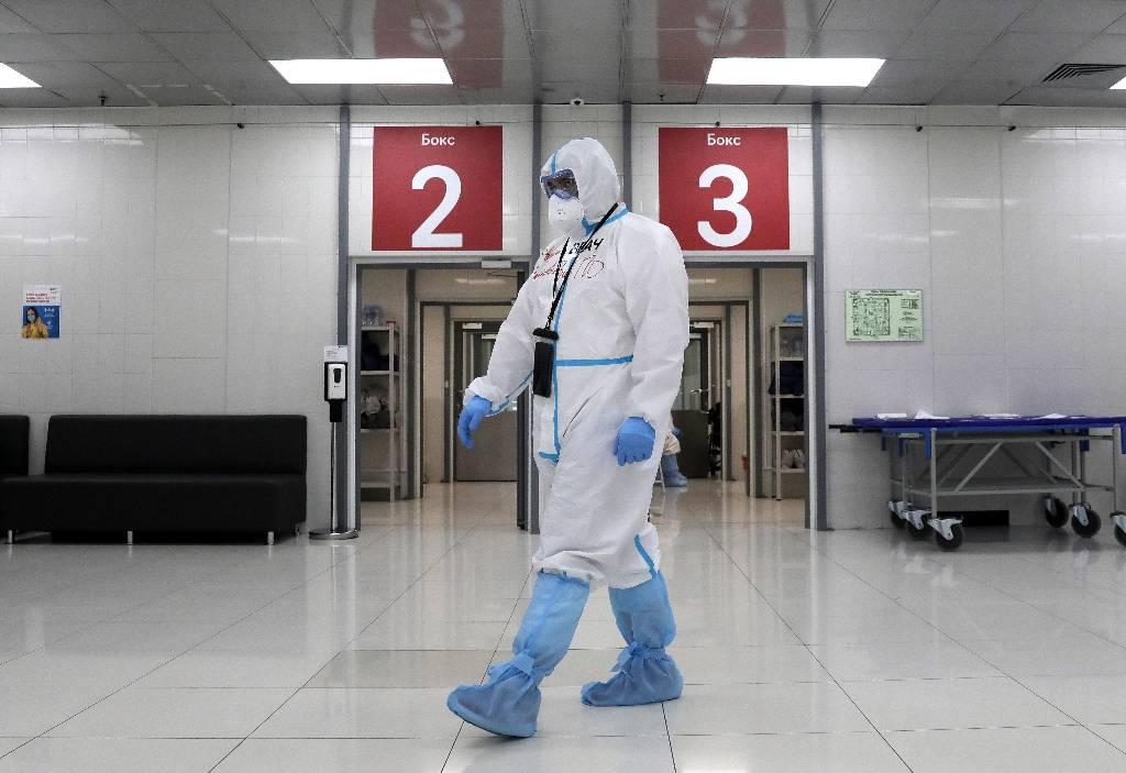 В России впервые с марта зафиксировали почти 10,5 тысячи новых случаев коронавируса