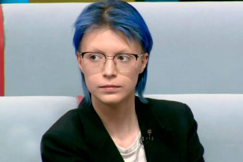 Как теперь живёт дочь Ефремова после того, как папа сел в тюрьму, оставив её без финансовой помощи