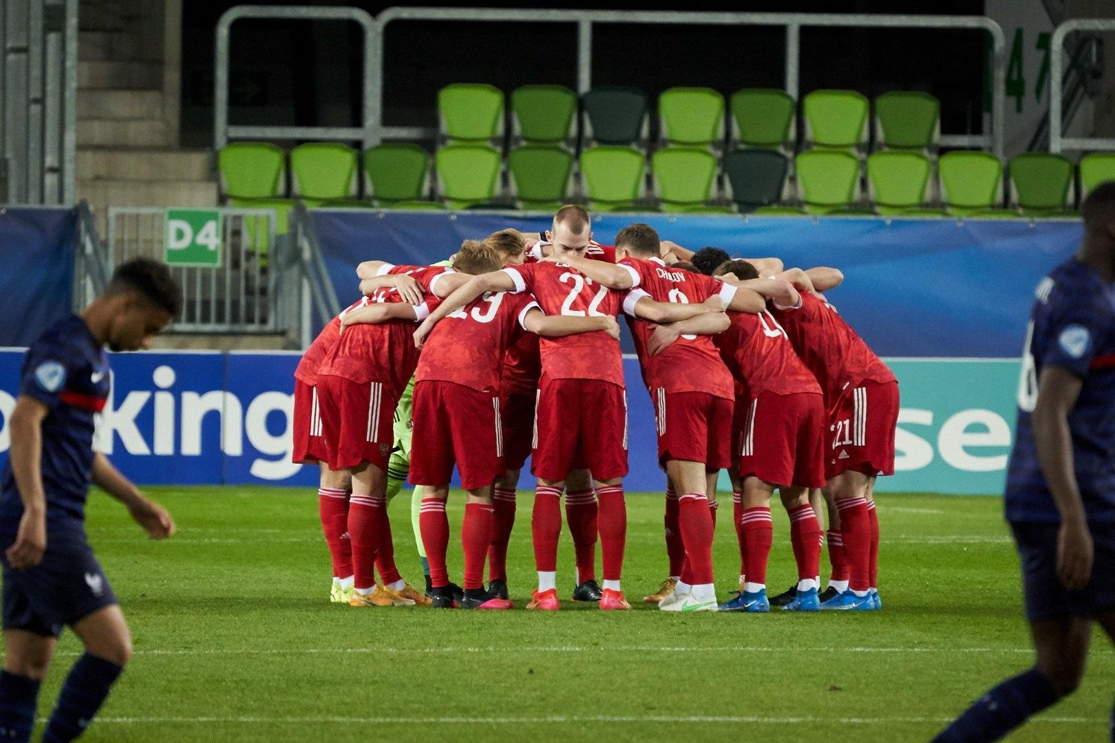 Не спасали даже Акинфеев и Жирков: российская молодёжка никогда не обыгрывала Данию, но теперь пора