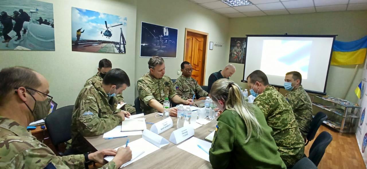 Британские военные советники посетили Донбасс