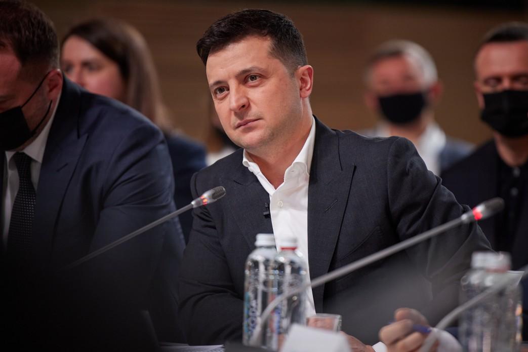 Зеленский своим указом утвердил санкции против двух российских компаний