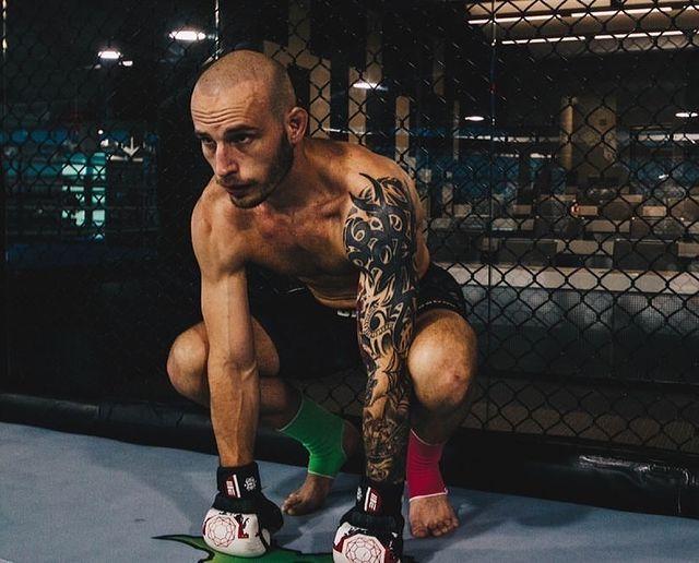 Ударные выходные: второй бой русского из Гонконга в UFC, проверка Пантеры в Bellator и сотый ивент Fight Nights