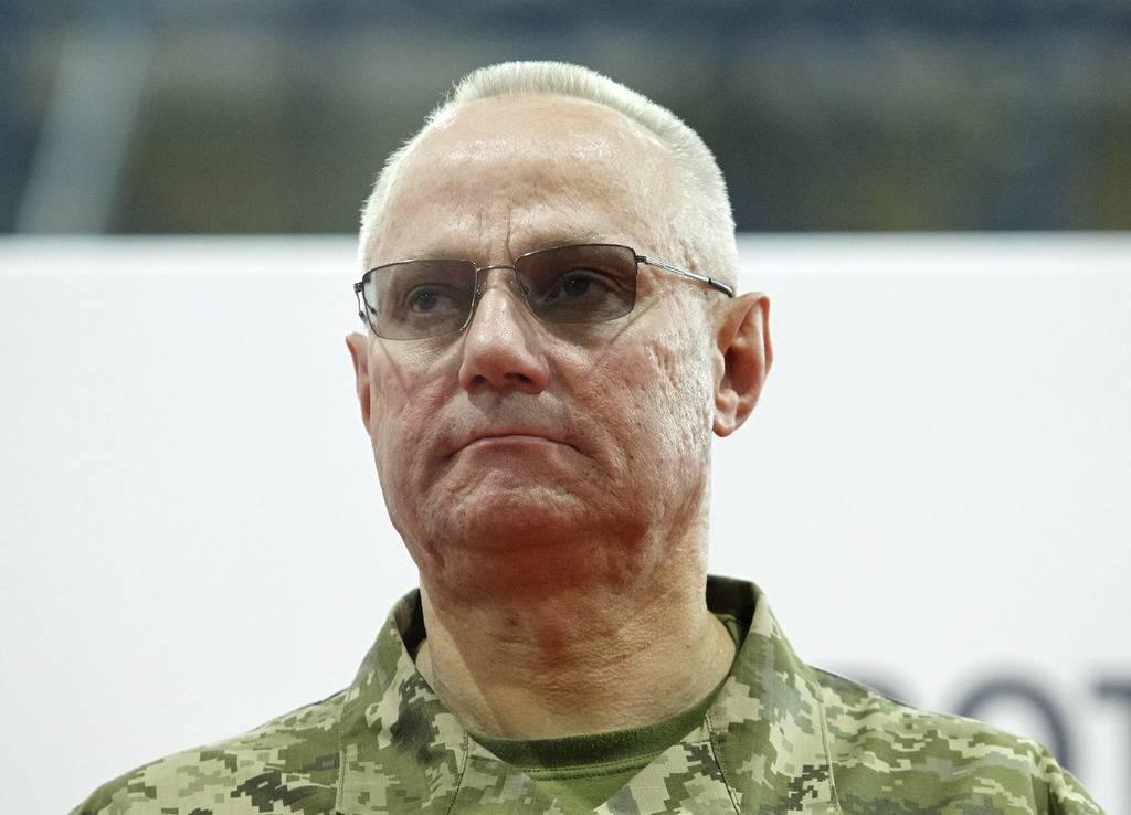 Главнокомандующий ВС Украины назвал неприемлемым силовое 'освобождение' Донбасса