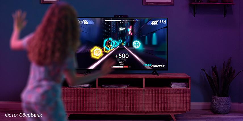 «Сбер» предлагает ТВ-медиацентр с «умной» камерой